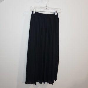 Gemilli Vintage Black Pleated Midi High-Rise Skirt